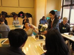 アシスタントには、盆栽ボランティアの柏倉さん!彩花盆栽教室に小学4年生の時から在籍されています☆